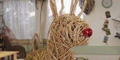 Weave your own Reindeer!